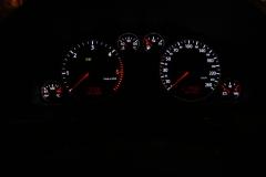 Audi A6 óracsoport fehér számlapvilágítás