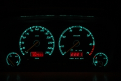 20-260-as MotoMeter zöld plazma számlap, piros inverz LCD